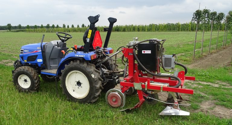 Mechanical Weed Control Tree Nursery inter row weeder